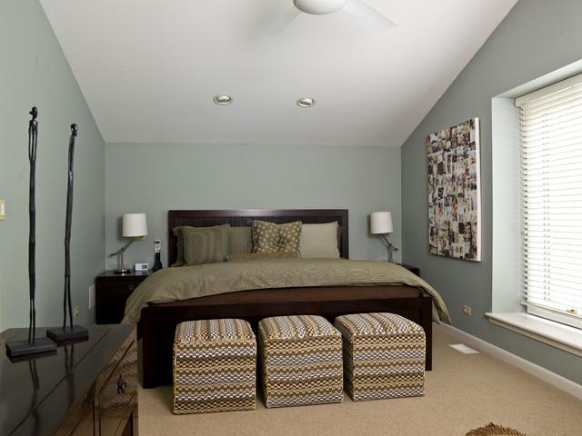 Fifties Remodel contemporary-bedroom