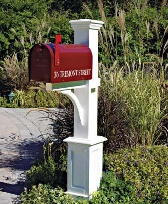 St. Andrews Mail Post modern-mailboxes