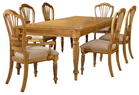 Hillsdale Wilshire 7 Piece Rectangle Dining Room Set In Antique Pine Tradit