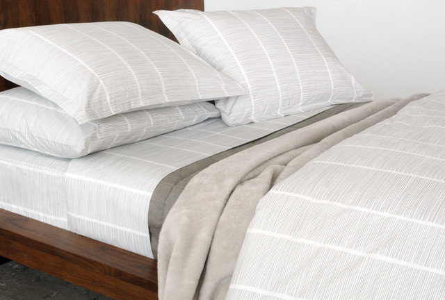 Pins 100% Organic Cotton Fitted Sheet modern-fitted-sheets