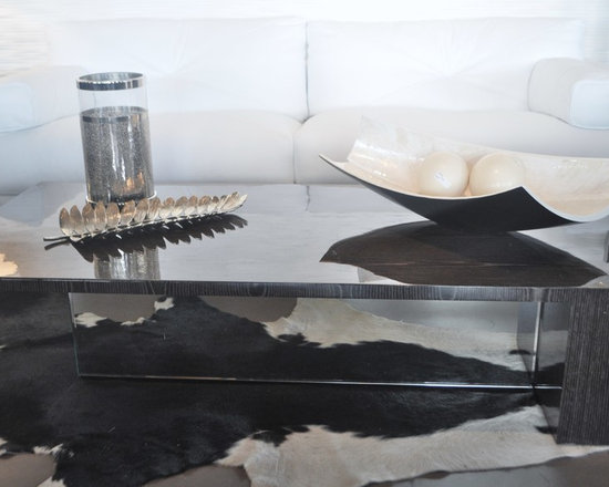 Showroom Pieces - Oak Silver Gloss & Mirrored Coffee Table
