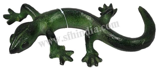 Green Lizard traditional-home-decor