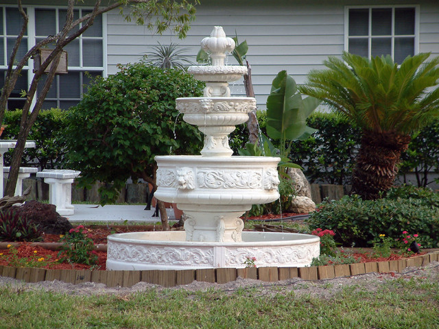 Gothic Lionhead Fountain Outdoor Fountains And Ponds