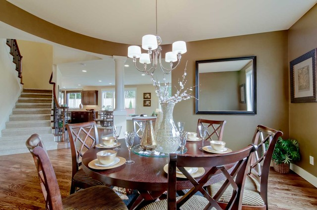 Stirling Manor traditional-dining-room