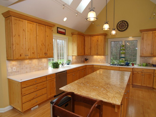 Paint color in kitchen with hickory cabinets Kitchen colors with natural wood cabinets