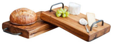 Wooden Farmhouse Cutting Board with Iron Handles traditional-serveware