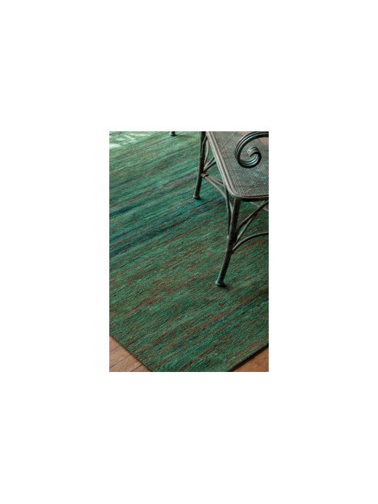 UT Line - Located in Beautiful British Columbia we have the mighty ocean beside us! This rug brings out the colors of aqua and blue and hints of green. We carry this manufacture who offers much more email or call us for more information!