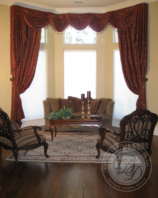 Custom Drapery Designs, LLC. traditional-living-room