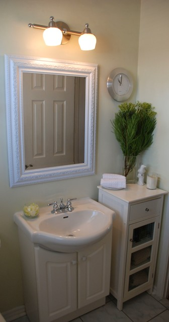 Staging for Resale traditional-bathroom