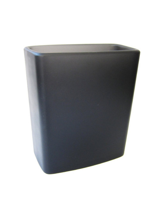 Martha Sturdy resin free form vase in charcoal - Charcoal resin free form vase. A perfect vase to display beautiful orchids.