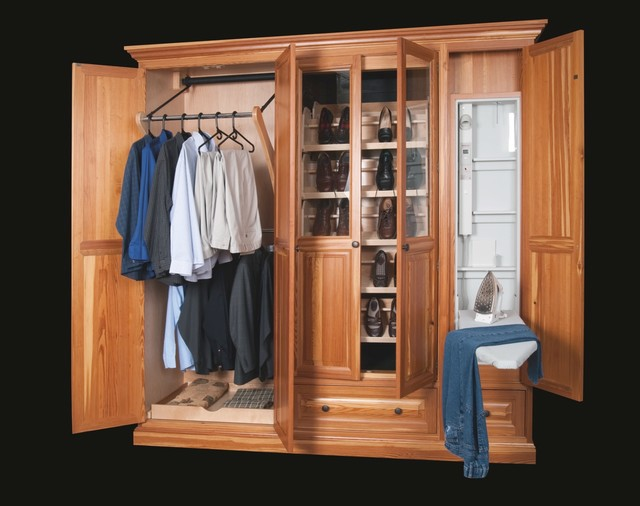 Traditional Reclaimed Heart Pine Closet traditional