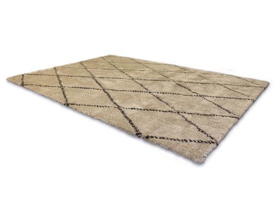Hannah Shag Rug - This low pile nylon shag rug is made locally in California.