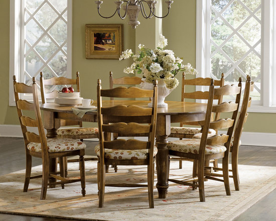 Country Ladderback Round Dining Set -