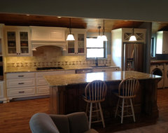 Single wall galley kitchens catch the 39 i 39 for Single wall galley kitchen designs