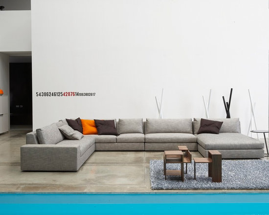 Exclusif - Ligne Roset - Exclusif sectional, Cutting vases, Good Morning side table.