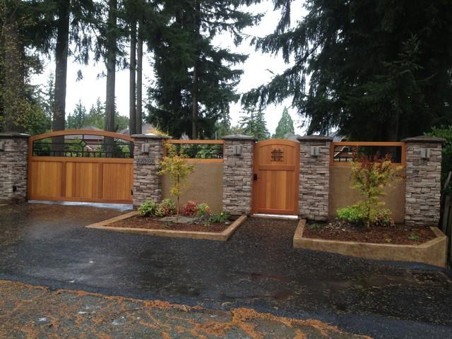 Craftsman Western Red Cedar Wood Gates - Traditional ...
