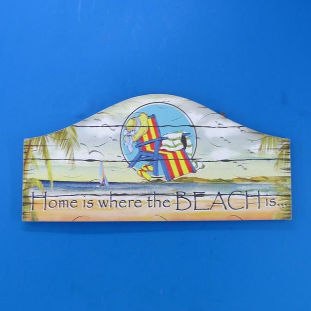 Beach House Decor traditional-artwork