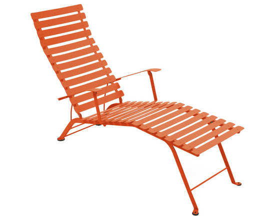 Fermob Bistro Chaise Lounge - 1601 Bistro Folding Chaise Lounge in Paprika