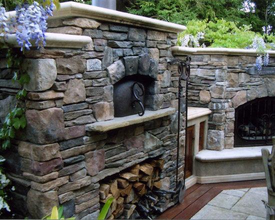 Mugnaini Wood Fired Ovens - Mugnaini Pizza Ovens - Outdoor Oven -
