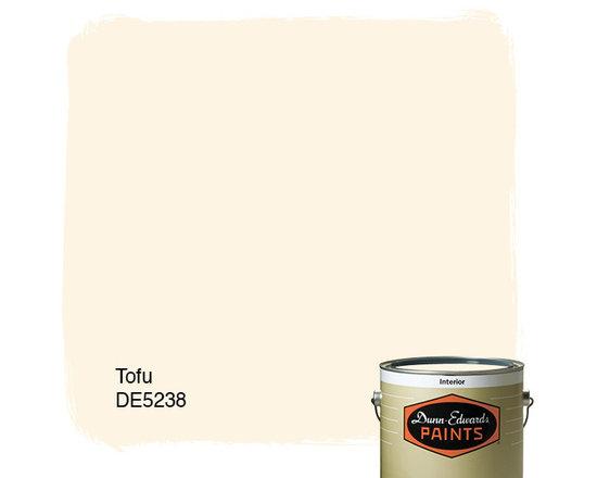 Dunn-Edwards Paints Tofu DE5238 -