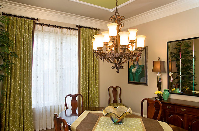 Updated dining room traditional-dining-room