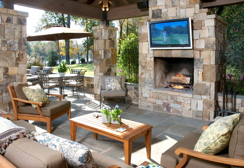 Design Ideas to Create an Outdoor Family Room - Home Tips for Women