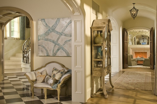 Dallas Luxury Residence traditional-hall