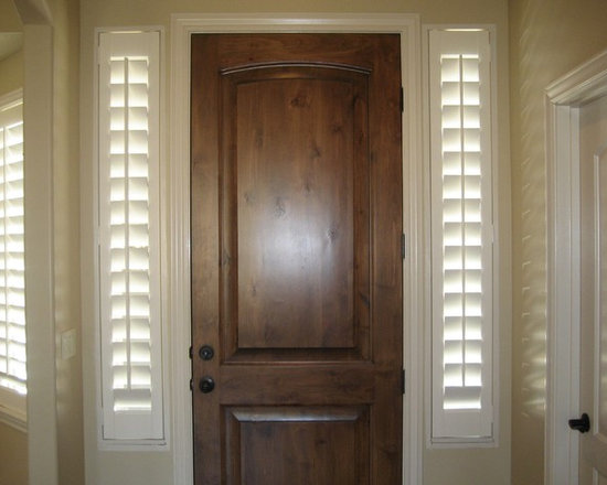 Client Projects - Shutters on sidelights? Yes! Shutters work great and look great on a variety of window styles, and if you have shutters throughout the rest of the house, it's best to keep the consistency and put them on your sidelights as well. Project in Draper, Utah