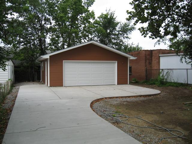 detached garage driveway st louis by benhardt