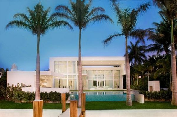 Dream House modern exterior