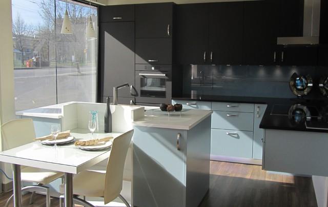 Ottawa Kitchen Cabinets