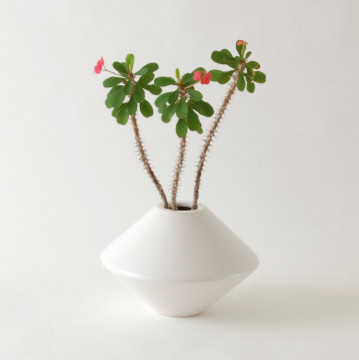 VesseL Architectural Pottery IN1 Planter/Container modern-outdoor-pots-and-planters