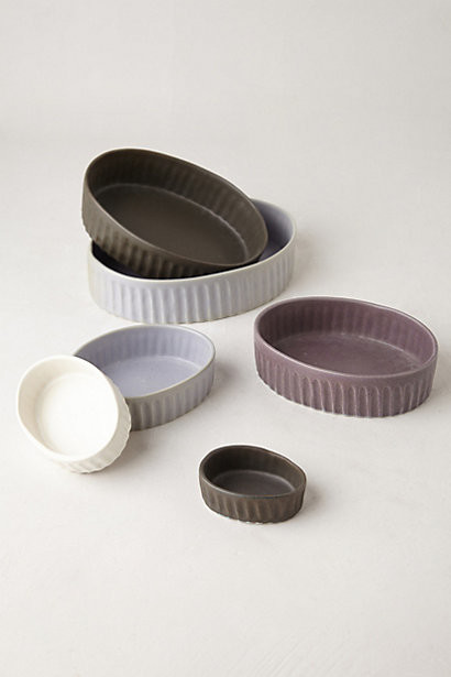 Hand-Thrown Bake Set, Gray Motif contemporary-baking-dishes