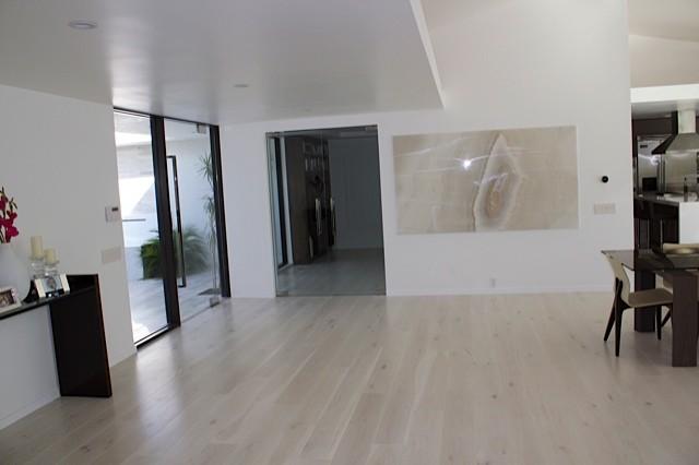 Contemporary Marble Floor : Royal stone tile haisa marble floors and bathrooms