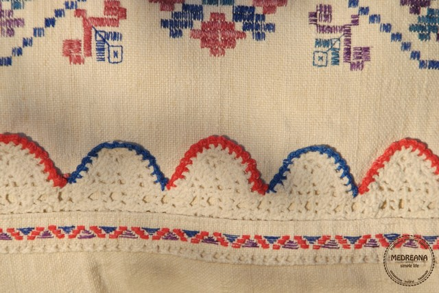 Vintage Transylvanian Embroidered Pillow Cover / Handwoven Linen / Handmade Lace traditional-decorative-pillows