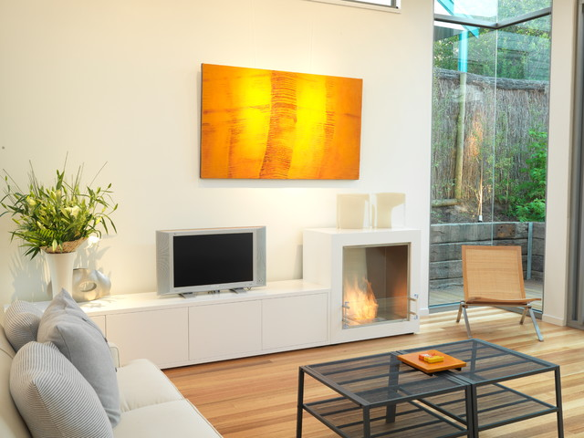 Unique eco friendly fireplace solutions from james anthony for Eco friendly fireplace