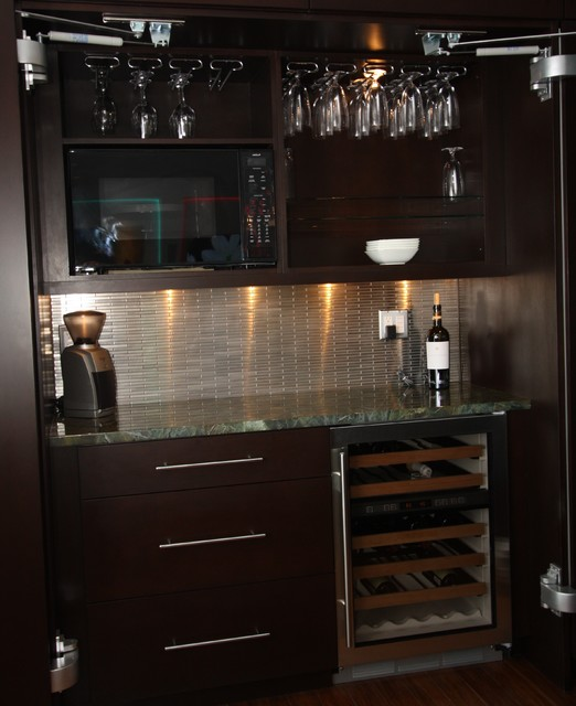 Mini bar contemporary kitchen cleveland by architectural justice for Kitchen with mini bar design