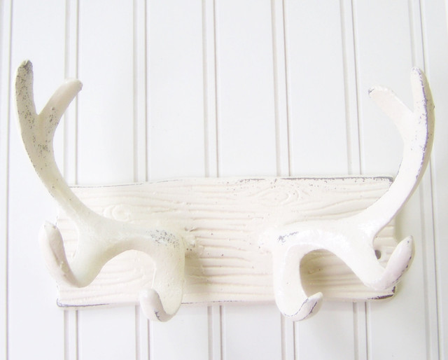 Wall Hook/Cast Iron Antlers Refinished in Shabby Cream White by The Door Stop eclectic-hooks-and-hangers