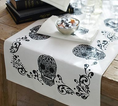Tabletop Products & Kitchen barn Linens Runners  / / / / pottery Table runners Kitchen table Table