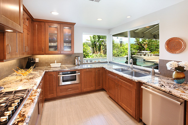 Tustin Remodel traditional-microwave-ovens