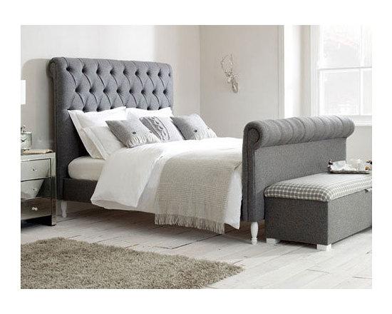 Aurora Sleigh Bed -