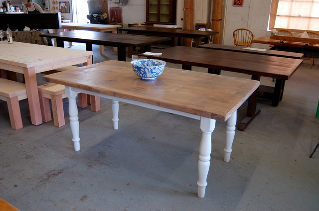 Farm table with white turned legs for White turned leg dining table