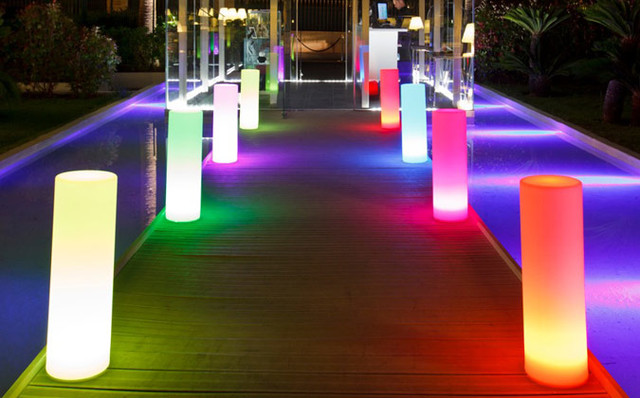 Indoor Outdoor Lighting 160 000 Colour Cylinder Floor LED Garden Lamp