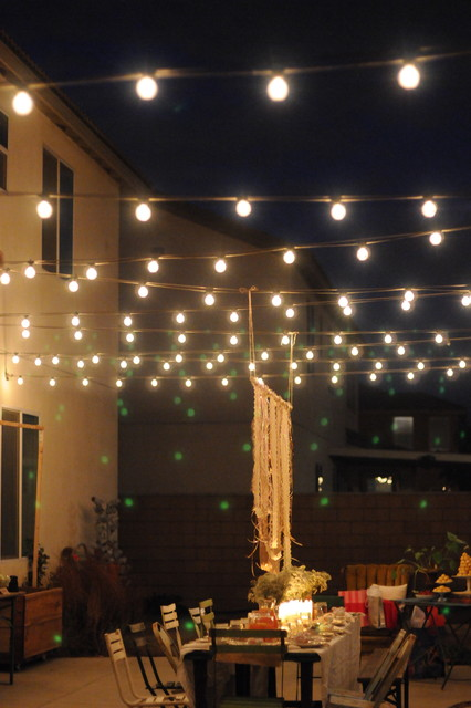 HOUZZ Holiday Contest: A Pretty Backyard Dinner Party eclectic