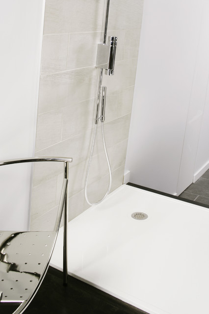 DC Collection modern showers