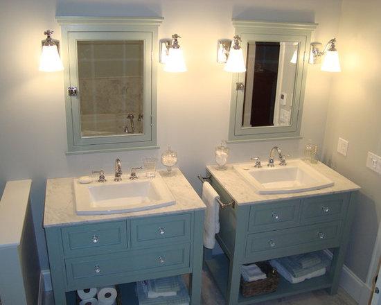 Ensuite Vanities - Custom built His & Hers Vanities with matching medicine cabinets