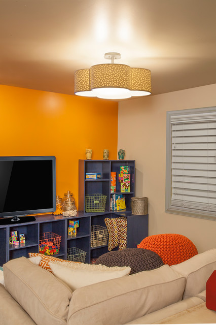 Philips Lighting contemporary-family-room