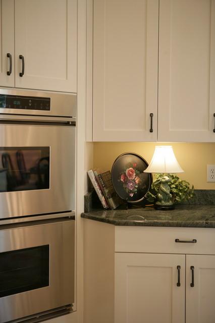 McKenzie Baker Showcase traditional-kitchen