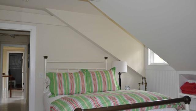Robbins traditional-bedroom