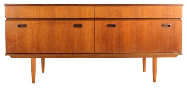 Mid Century Modern modern-furniture